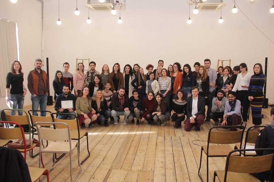Gürcistan'da Sürdürülebilir Barış Eğitimi